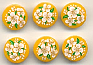 Vintage Yellow Daisy Plastic Buttons