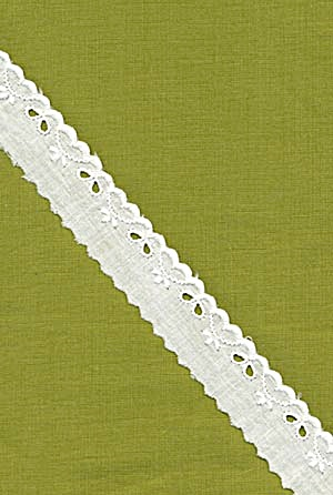 Vintage Cotton Eyelet Trim