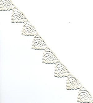 Vintage Triangle Edging (Image1)