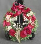 Click here to enlarge image and see more about item CHRISFIG160: Musical Instruments Wreath Christmas Ornament