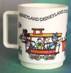 Click to view larger image of Vintage Disneyland Plastic Mug (Image1)