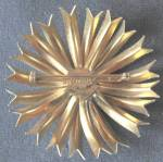 Click to view larger image of Vintage Sandor Enamel White Flower Pin (Image2)