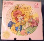 Click here to enlarge image and see more about item MR1: Vintage Strawberry Shortcake Picture Record