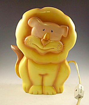 9 Inch Tall Lion Child's Nightlight Must See