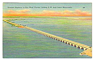 1954 Oversea Highway to KEY WEST, FLORIDA Postcard (Image1)