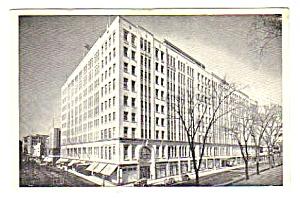 1950s T. EATON CO. LTD Dept. Store - MONTREAL Postcard (Image1)
