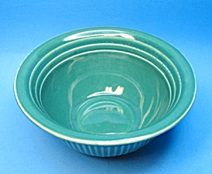 Vintage USA Ribbed GREEN POTTERY Small Bowl (Image1)