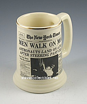 Mug - Stein - Men Walk On Moon News Headlines