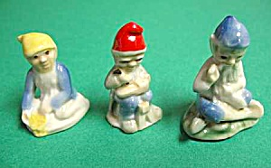Set of 3 VINTAGE PORCELAIN GNOMES - Mint (Image1)