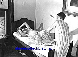 1920s YOUNG MEN in Dorm Room Photo - GAY INTEREST (Image1)