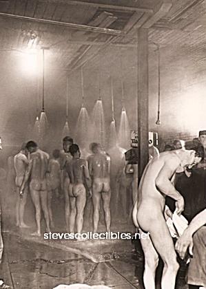 nude military men