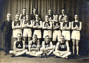 1916 Albion College Men TRACK TEAM Photo - GAY INTEREST (Image1)