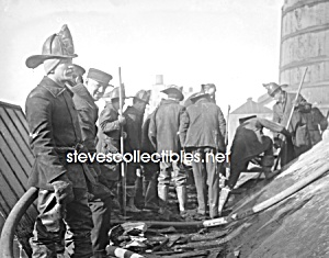 1912 FIREFIGHTERS Putting Out Fire PHOTO - 8 x 10 (Image1)