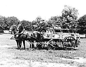 c.1911 York, PA HORSE DRAWN FIRE ENGINE PHOTO - 8 x 10 (Image1)