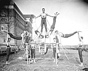 c.1910 Hot Male GYMNASTS Photo - GAY INTEREST (Image1)