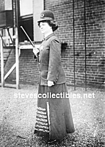 c.1910 LADY Police Officer Photo - 5x7 (Image1)