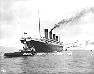 Early TITANIC Ocean Liner and Tugboats  - Photo - 8x10 (Image1)