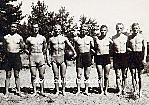 c.1920 SHIRTLESS MALE Ball Team - GAY INTEREST (Image1)