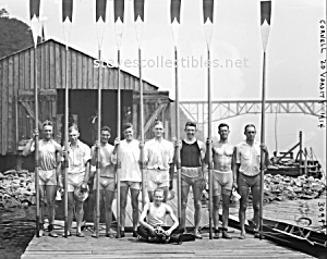 1914 CORNELL 2d Varsity Rowing Team Photo -GAY INTEREST (Image1)