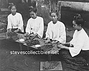 c.1907 Burmese women ROLLING CIGARS Photograph - 8x10 (Image1)