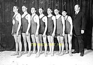 Early Hot Bulgy MALE SWIMMERS Photo - GAY INTEREST (Image1)
