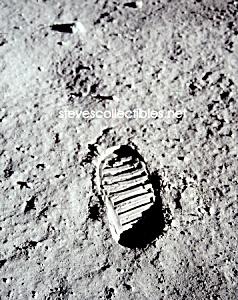 1969 BUZ ALDRIN BOOTPRINT on Moon -Apollo 11 Photo-8x10 (Image1)