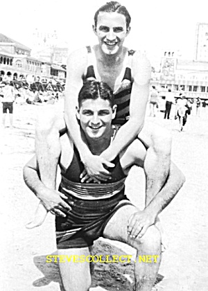 1920s Cute Bulgy Male SWIMMERS -  Photo - GAY INTEREST (Image1)