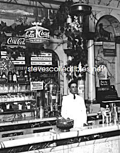 1923 RIKERS DRUG STORE Interior, COCA COLA Adv. Photo C (Image1)