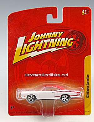 1970 DODGE SUPER BEE Johnny Lightning Diecast Toy (Image1)