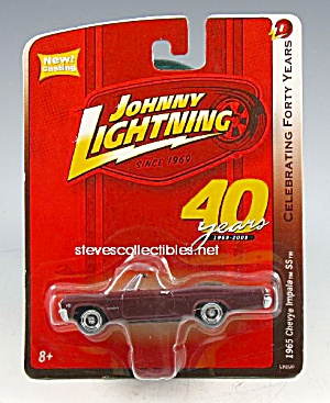 1965 Chevy Impala Ss Conv. Johnny Lightning Diecast Toy