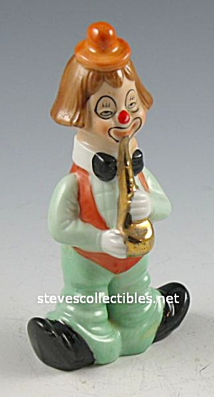 Great CLOWN FIGURINE Playing HORN must see (Image1)