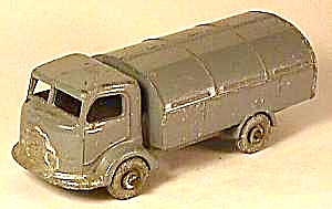 Lesney Matchbox Karrier Refuse Collector No 38