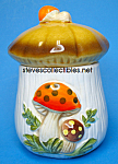 Click here to enlarge image and see more about item MPOT111307M1: 1970s MERRY MUSHROOM CREAMER and SUGAR Set
