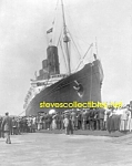 Click here to enlarge image and see more about item PR1102B7-2007: 1907 LUSITANIA arriving NYC PHOTO - 8x10