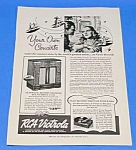 Click here to enlarge image and see more about item RA1016A1: 1939 RCA VICTROLA Magazine Ad