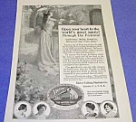 Click here to enlarge image and see more about item RA821A1: 1919 VICTOR TALKING MACHINE Victrola Ad