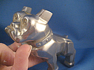 Original Mack Truck Bulldog Hood Ornament (Image1)