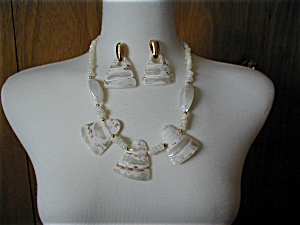 Mother of Pearl Necklace and Earrings (Image1)