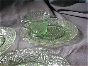 Chantilly Green Tiara Snack Sets