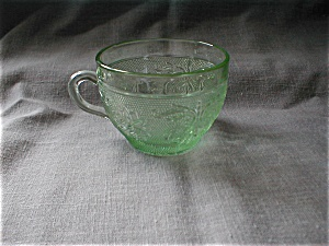 Tiara Chantilly Green Cup