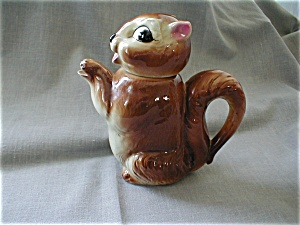 Shafford Squirrel Tea Pot (Image1)