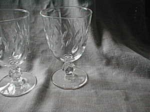 Etched Crystal Wine Glasses (Image1)