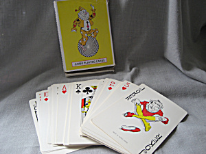 Jumbo Playing Cards (Image1)