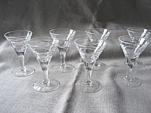 Cordial Stem Glasses (Image1)