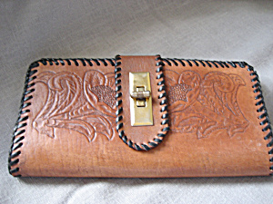 Hand Tooled Wallet (Image1)