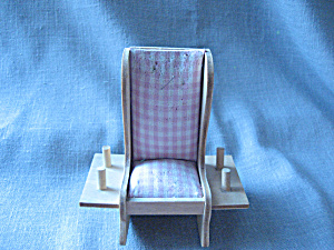 Chair Pin Cushion (Image1)