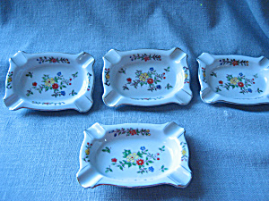 Hand Painted Ash Trays (Image1)