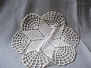One Star Doily (Image1)