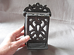 Cast Iron Stick Matches Holder (Image1)