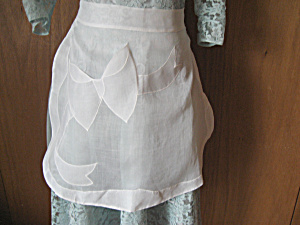Sheer Bow Apron (Image1)